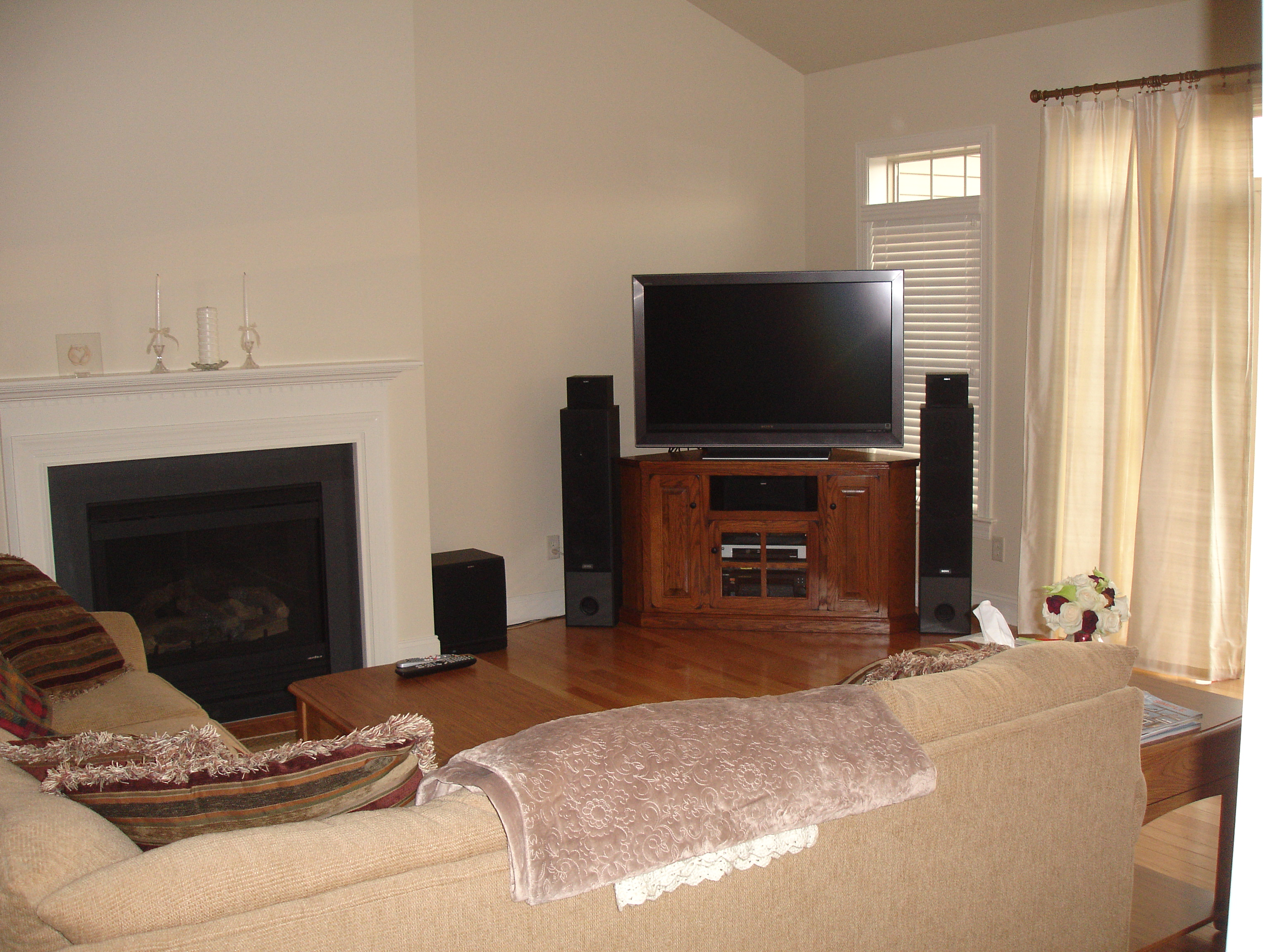 Living Room With Tv In Corner Home And Garden Tv And Tv Home Design