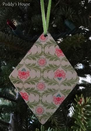 Baby Shower Favors - DIY Ornaments-Green-diamond