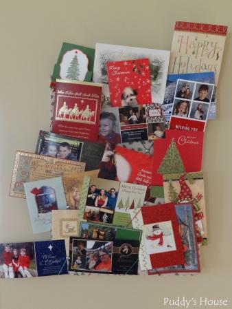 Christmas-DIY Card Holder full of cards