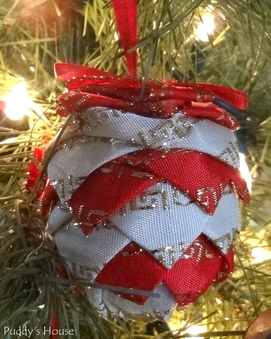 DIY Christmas Ornaments – Puddy's House