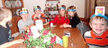 Christmas - nieces and nephews playing hedbandz
