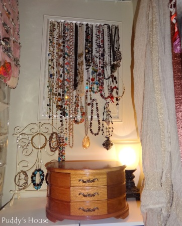 Closet Reorganization - Jewelry station with lamp