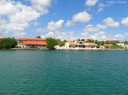 Curacao 2 - Homes along the water from catamaran