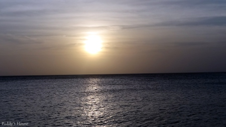 Curacao 2 - sun starting to set over the sea