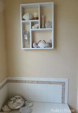 Master Bathroom - sand and shells - wall and tub decor