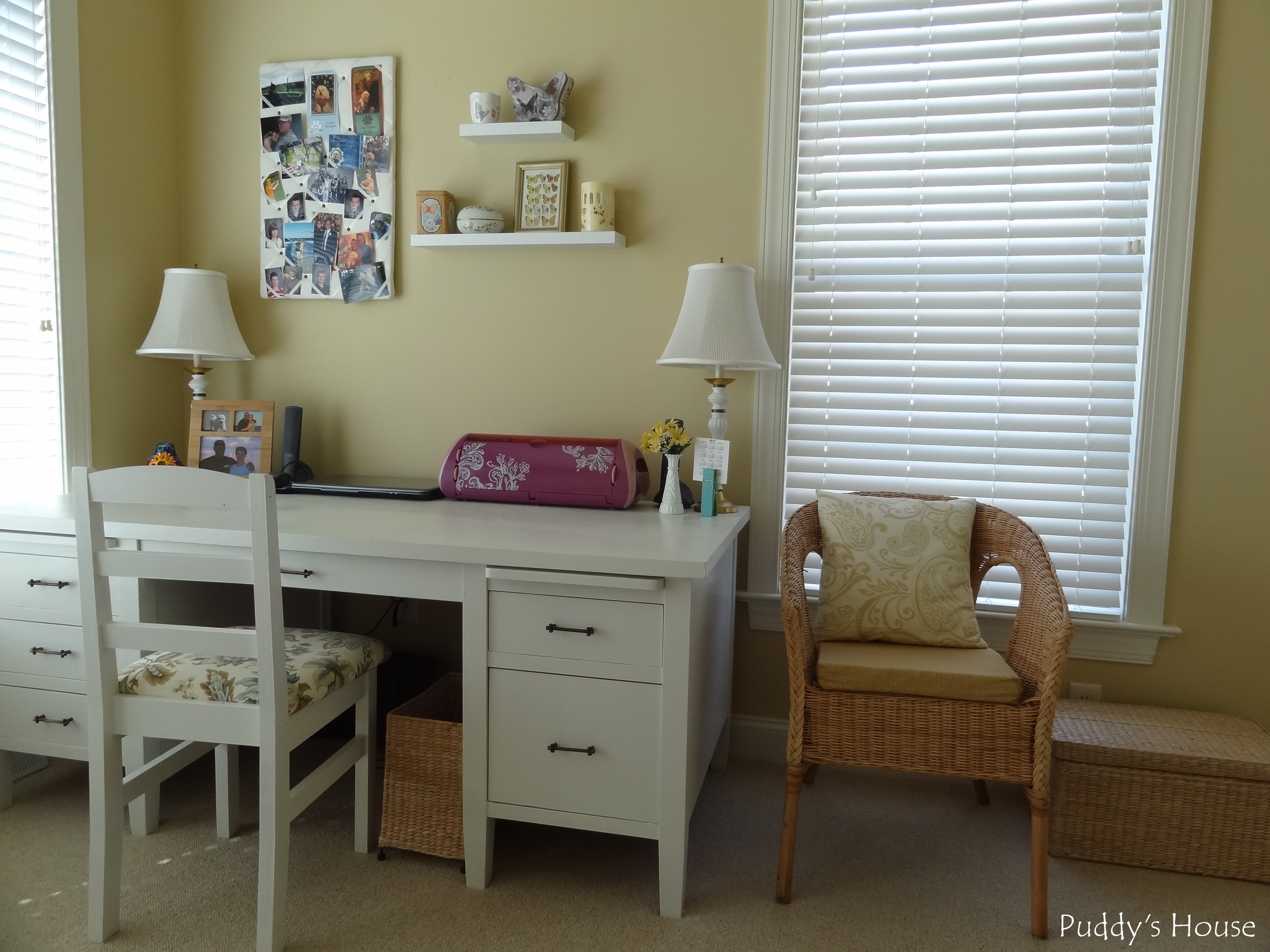 Craft Room Desk: Puddy's House