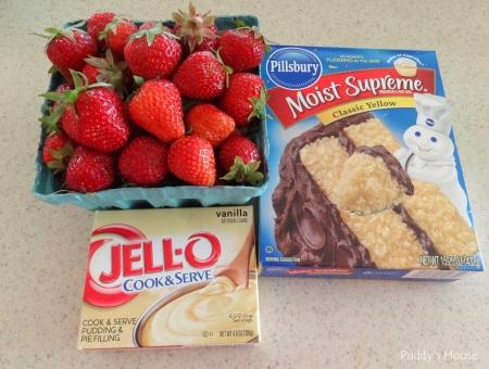 Strawberry shortcake - ingredients - strawberries vanilla pudding yellow cake